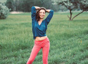 2 yoga exercises for biceps femoris how to stretch biceps femoris thebodyconditioner
